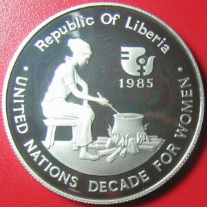 1985-LIBERIA-10-SILVER-PROOF-034-WOMEN-DECADE-034-NATIVE-WOMAN-COOKING-ON-BONFIRE-RRR