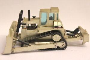 NZG-caterpillar-d8n-bulldozer-1-50-n-233-298-oro-plata
