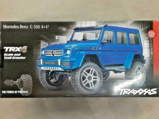 Traxxas 82096-4 TRX-4 Trail Crawler Mercedes-Benz G500 4X4 Blue w/Free Light Kit