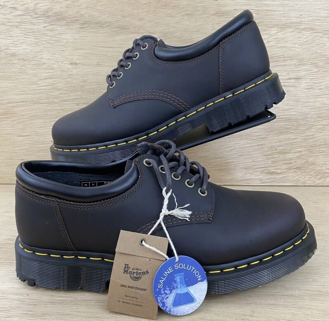 Dr. Martens 24043 Mens Size 10 Shoes Dark Brown Lace Up Low NEW