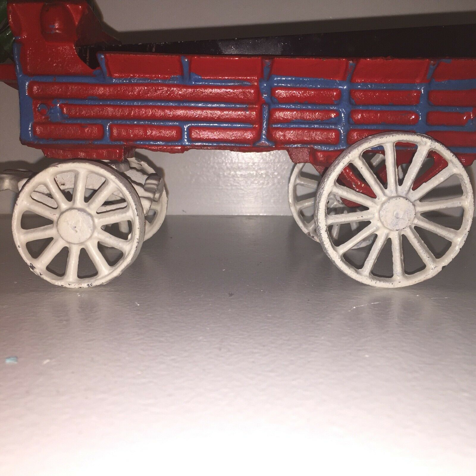 Vintage Cast Iron Horse Drawn Beer Wagon w w w Drivers Clydesdales 30 Barrels Stigma 1c031d