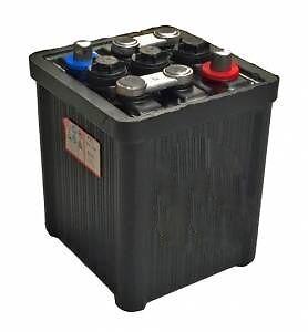 lucas 6 v classic vintage car battery type 421 mgb mgb gt mga ebay. Black Bedroom Furniture Sets. Home Design Ideas