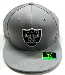 NFL Oakland Raiders Reebok Fitted Flat Brim Hat Grey Cap Size 7 3 4 ... 4b0d1fa47