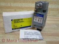 Square D 9007c54b2y1905 Limit Switch
