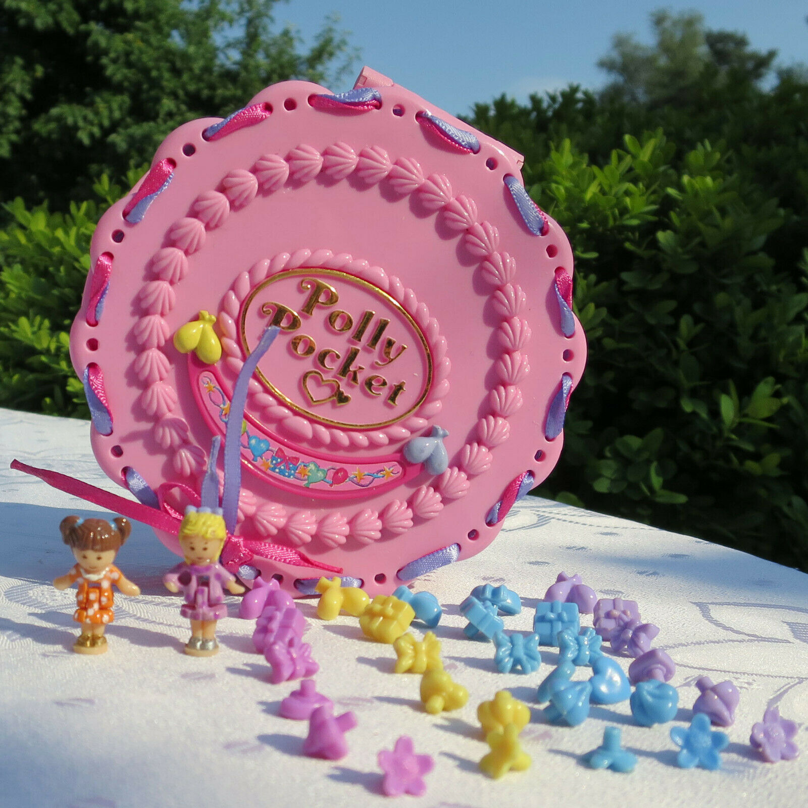 Mini Polly Pocket birthday surprise Cake 100% complete Ribbon 30 conector pastel