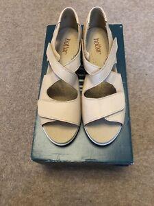 Hotter-Riga-Size-7-Buttermilk-Closed-Back-Sandals