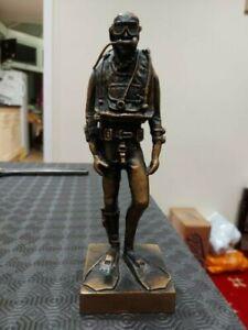Scuba-Diver-figurine-twin-set-ABLJ-Wet-suit-diver-Return-accepted-Upay-post