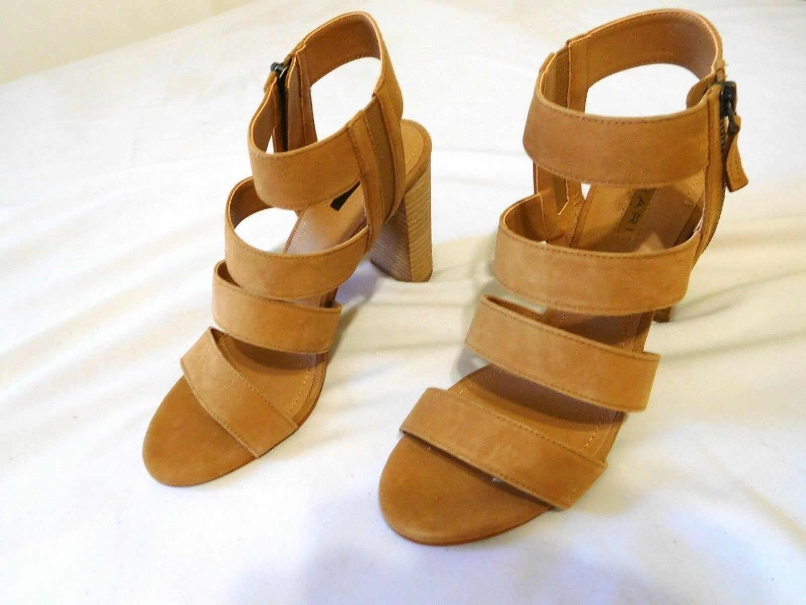 Tahari Strappy Sandal Women shoes Fawn Sz 9.5 New Heel Open Toe Strappy Straps
