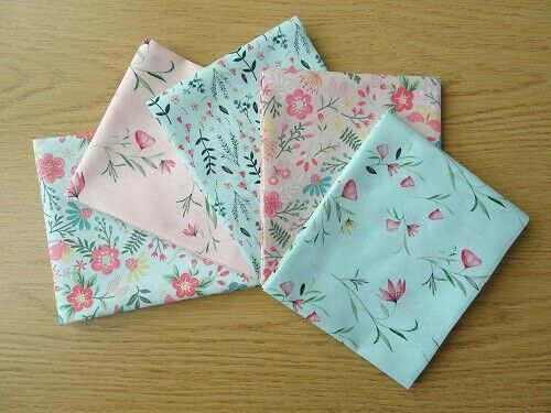 METRE ENGLISH GARDEN 100/% COTTON PATCHWORK FABRIC ~ BY THE HALF METRE