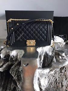 19581ca5baf8 NWT CHANEL Black Caviar MEDIUM Boy Bag GOLD 2018 Crossbody NEW RARE ...