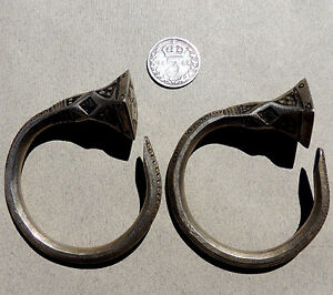a-pair-of-old-silver-ornate-african-earings-tuareg-mali-niger-56