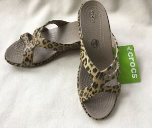 Sanrah Graphic Strappy Wedge Crocs Rttwmp