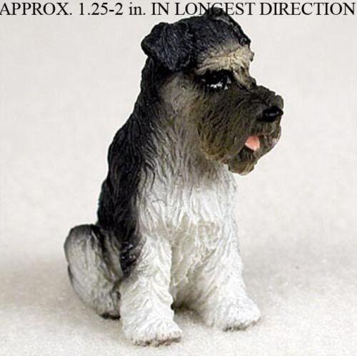 Schnauzer Mini Figurine Gray Uncropped