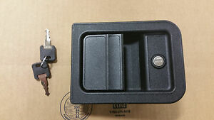 Exterior Entry Door Latch W Lock Amp Key Winnebago Itasca