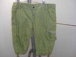 Santiki-Cargo-Green-Shorts-Size-14