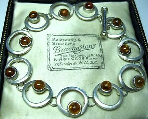 GORGEOUS VINTAGE JEWELLERY SOLID STERLING SILVER BALTIC AMBER LINK BRACELET 13g - <span itemprop=availableAtOrFrom>WESTON SUPER MARE, Somerset, United Kingdom</span> - Hi there, and thank you for shopping in my ebay store. Please feel free to browse more as I do offer free p p on additional items won for items combined in one parcel. - WESTON SUPER MARE, Somerset, United Kingdom