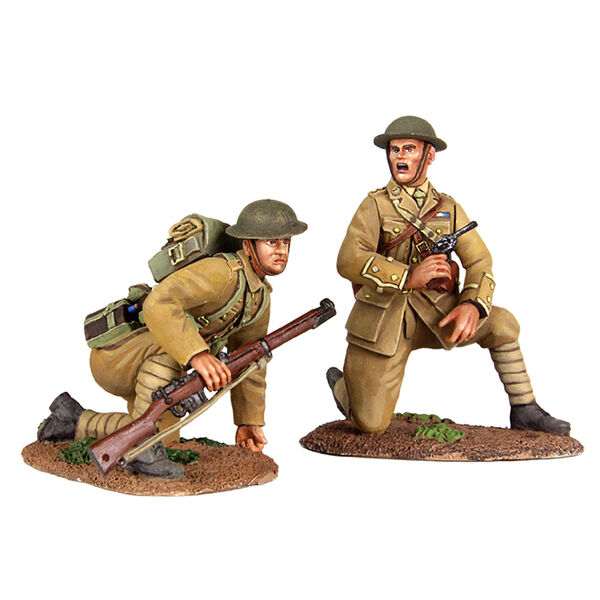 BRITAINS SOLDIERS 23073  Move Up   British Infantry Officer & Infantry WW1