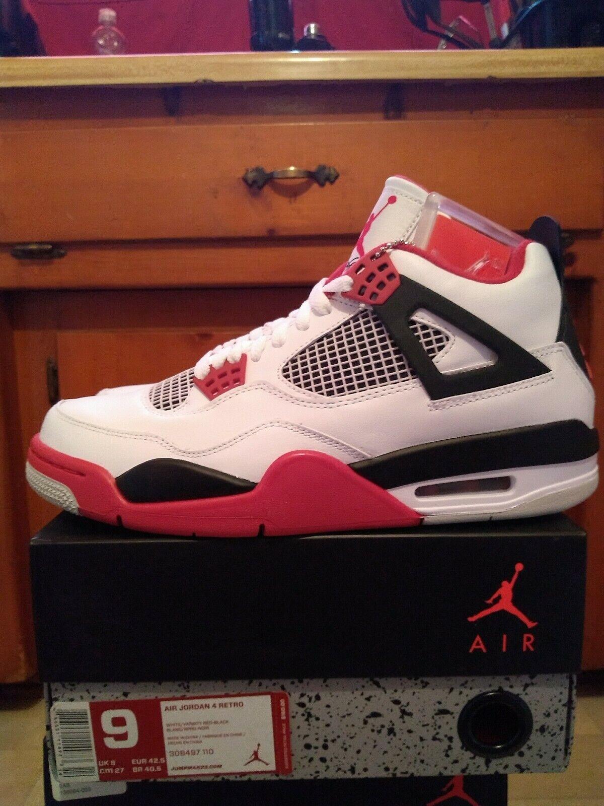 Jordan 4 Fuego Rojo blancoo Talla 9 DS