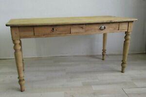 Tavolo-in-abete-con-gambe-tornite-e-cassetti-scrittoio-scrivania-meta-800