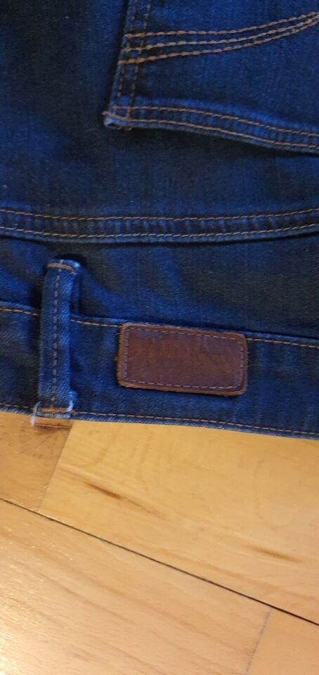 Jeans, Esprit, str. 31