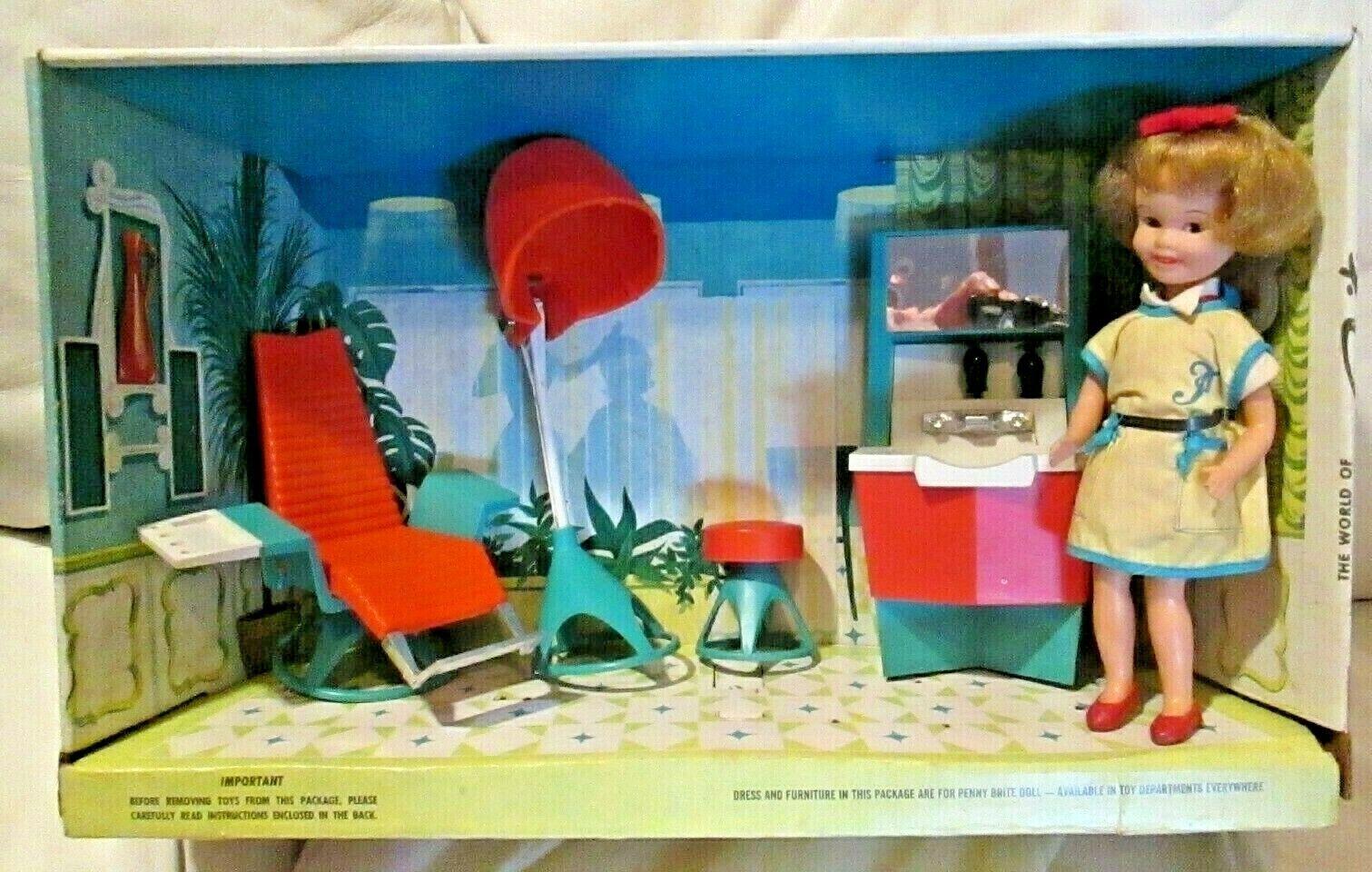1964 Topper Toys  Penny Brite  Salón Belleza Peluquería En Caja  Muñeca en caso  Smock