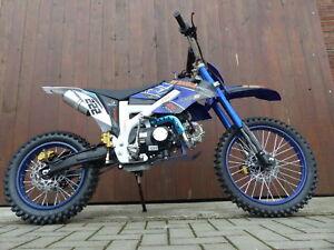 125ccm dirtbike pitbike cross 125cc 4takt 4 gang 17 14 zoll blau enduro motorrad ebay. Black Bedroom Furniture Sets. Home Design Ideas
