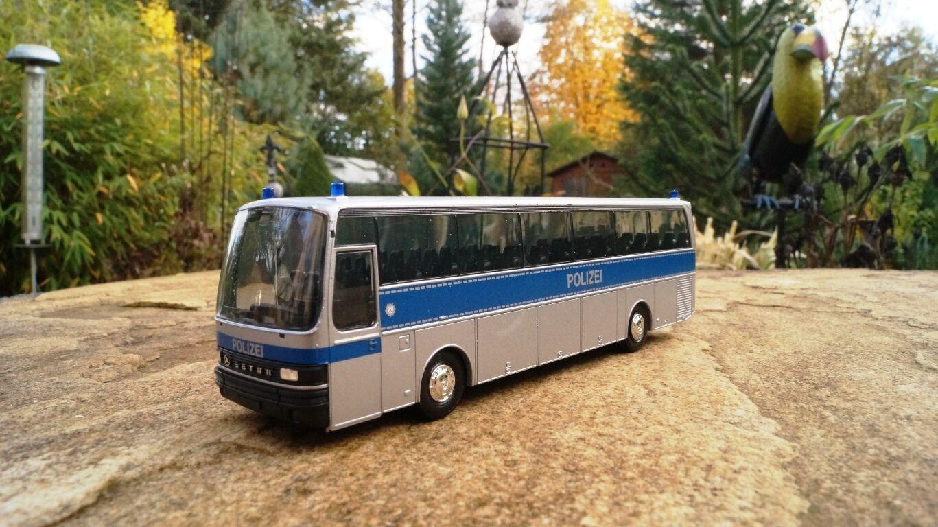Herpa  306225  Setra S 215 Bus  Polizei NRW  1 87  | Neuartiges Design