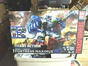 Transformers-Titans-Return-Fortress-Maximus-Boxed-Set-New