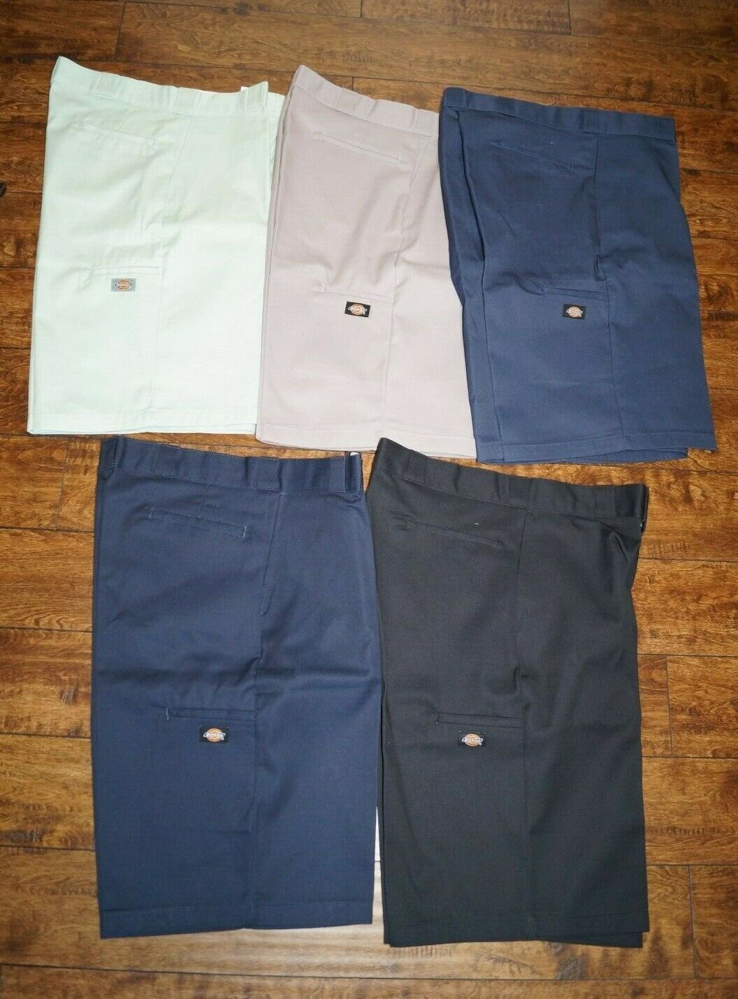 Genuine Dickies Men/'s Relaxed Fit 13 inch Flex Multi-Use Pocket Short