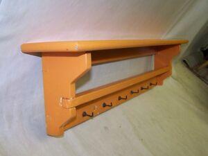 sch nes altes k chenregal regal k che antik holz wandregal tuchhalter ebay. Black Bedroom Furniture Sets. Home Design Ideas