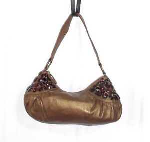 1a36a37ec5 MISS JUNE sac à main cuir doré foncé cabochons grenat (plastique ...