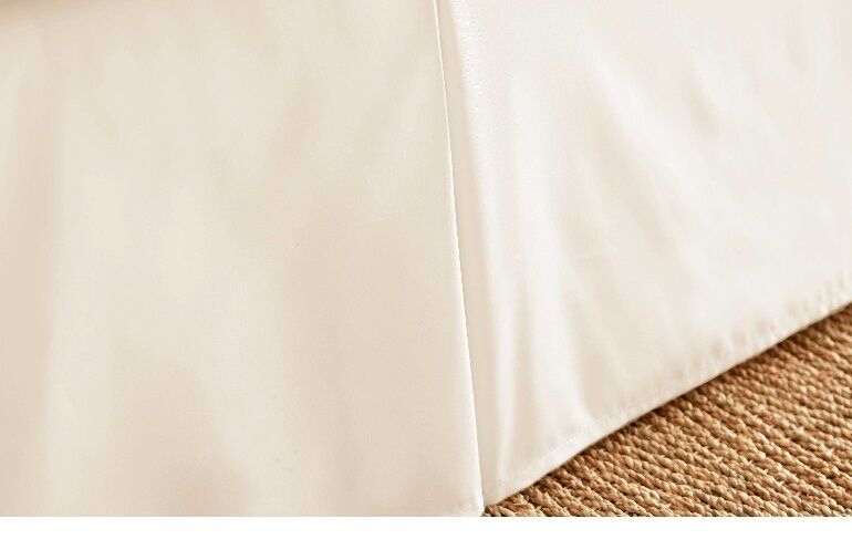 16   QUEEN  BEIGE OR IVORY BED SKIRT PLEATED TAILORED  SPLIT CORNERS made in usa