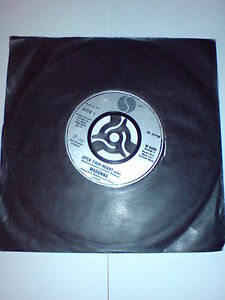 MADONNA-7-INCH-OPEN-YOUR-HEART-LUCKY-STAR