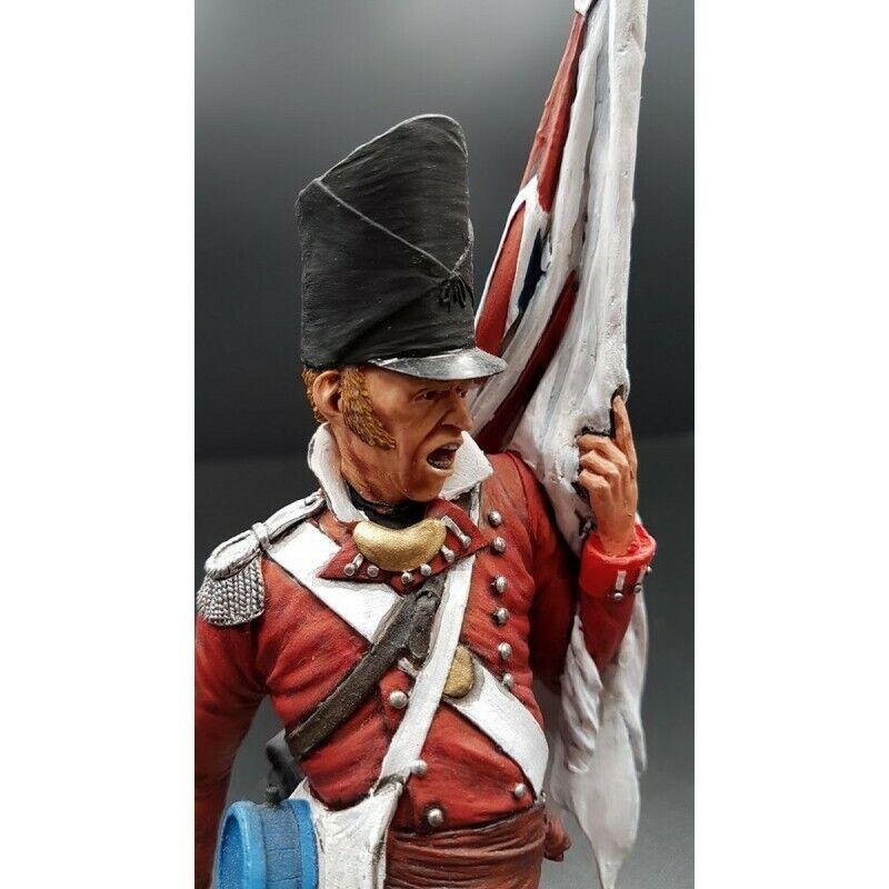 MITCHES MILITARY modellololoS-Porte-drapeau 33e régiment d'infanterie Britannique 1815   comodamente