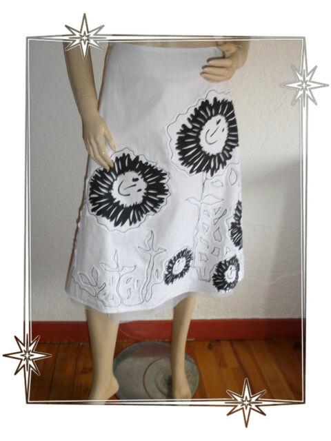 A  -  Magnifique Jupe Blanche et Noire Motifs Fleurs Desigual Taille 34