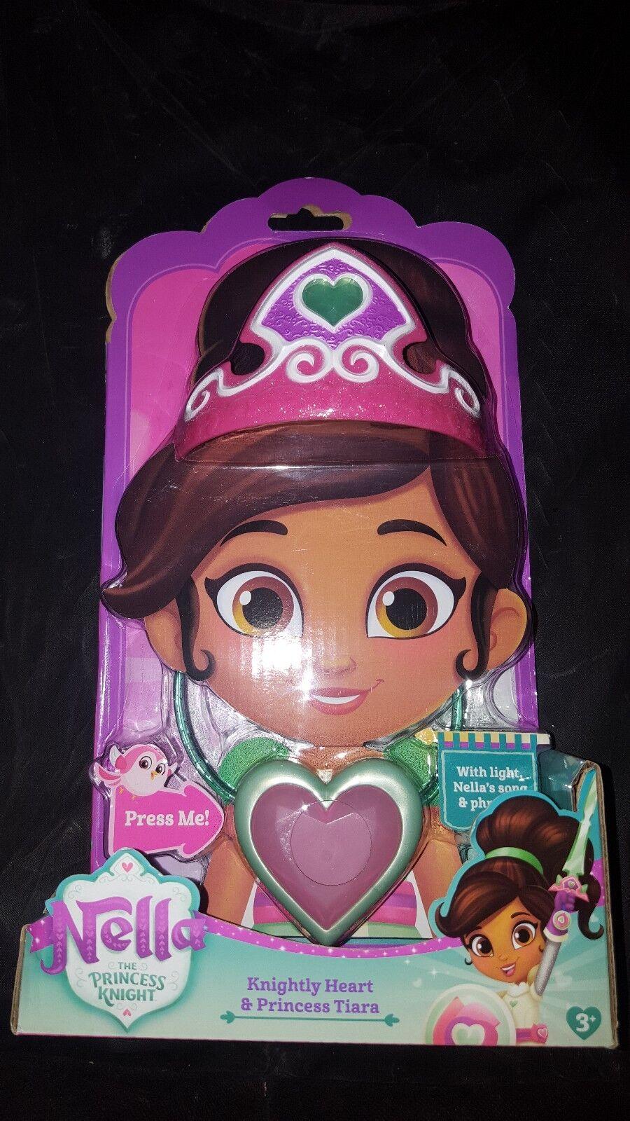 Nella Den Prinsessan Knight Pendant och Tiara BNIB Klättra upp leksakssvärdet