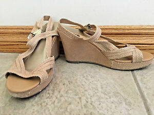 9f21ef592 Image is loading GAP-Womens-Wedge-Sandals-Open-Toe-Shoes-brown-
