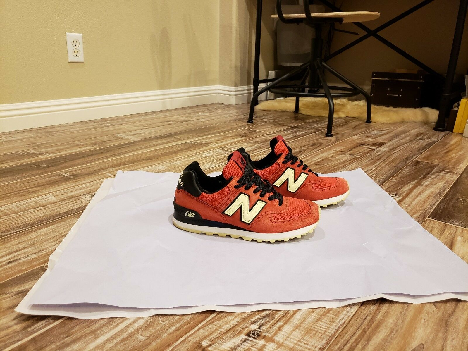 Authentic New Balance 574 Limited Edition NYC in Excellent Condition,Sz7US