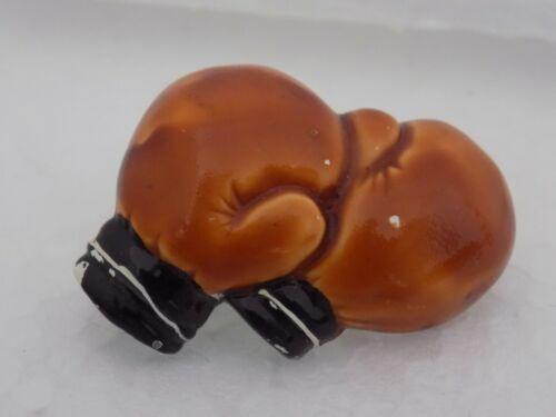 Vintage Enamel Boxing Gloves Brooch #1087