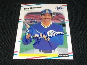 Mariners Rey Quinones Auto Signed 1988 Fleer Card #386  Vintage Signature N