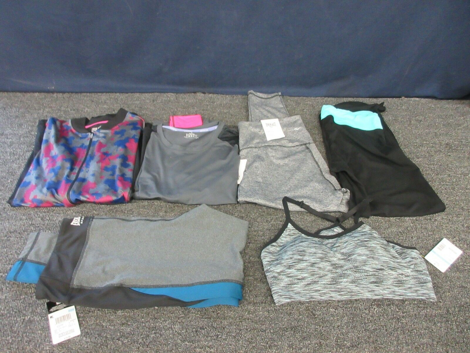 6 WOMEN LADIES LARGE CLOTHES TOPS WORKOUT GYM GEAR EVERLAST HOTTOTTIES