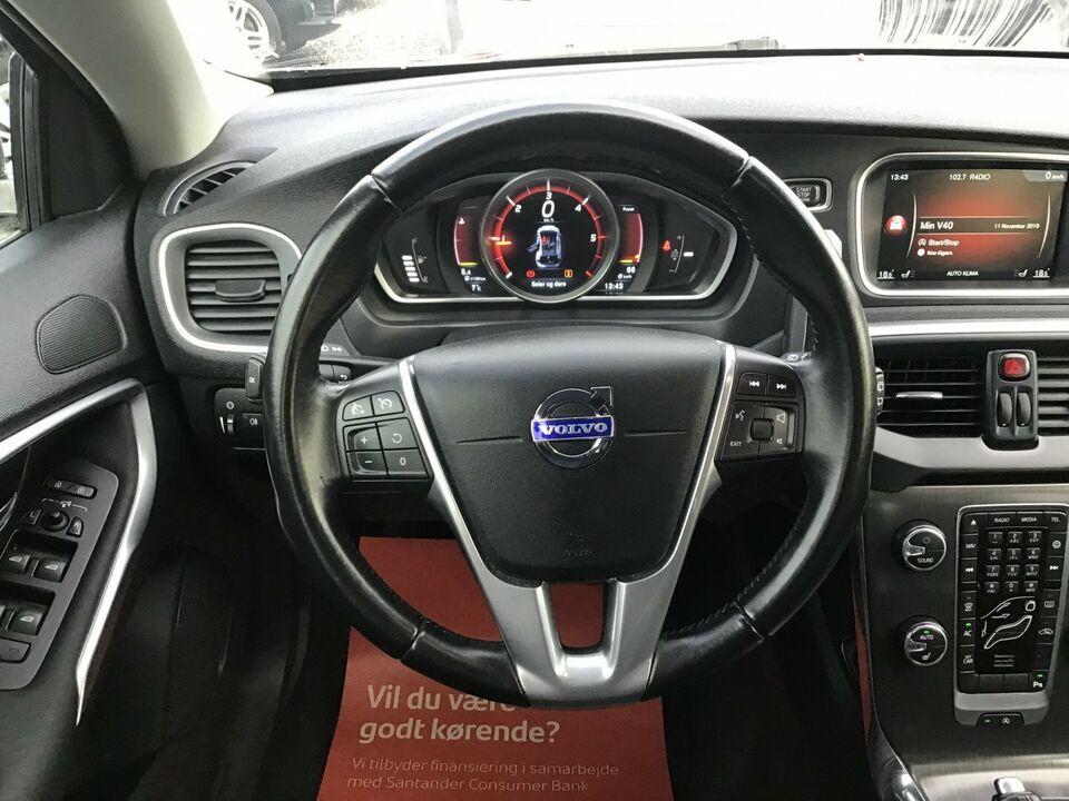 Volvo V40 2,0 D4 190 Momentum Drive-E Diesel modelår 2014 km