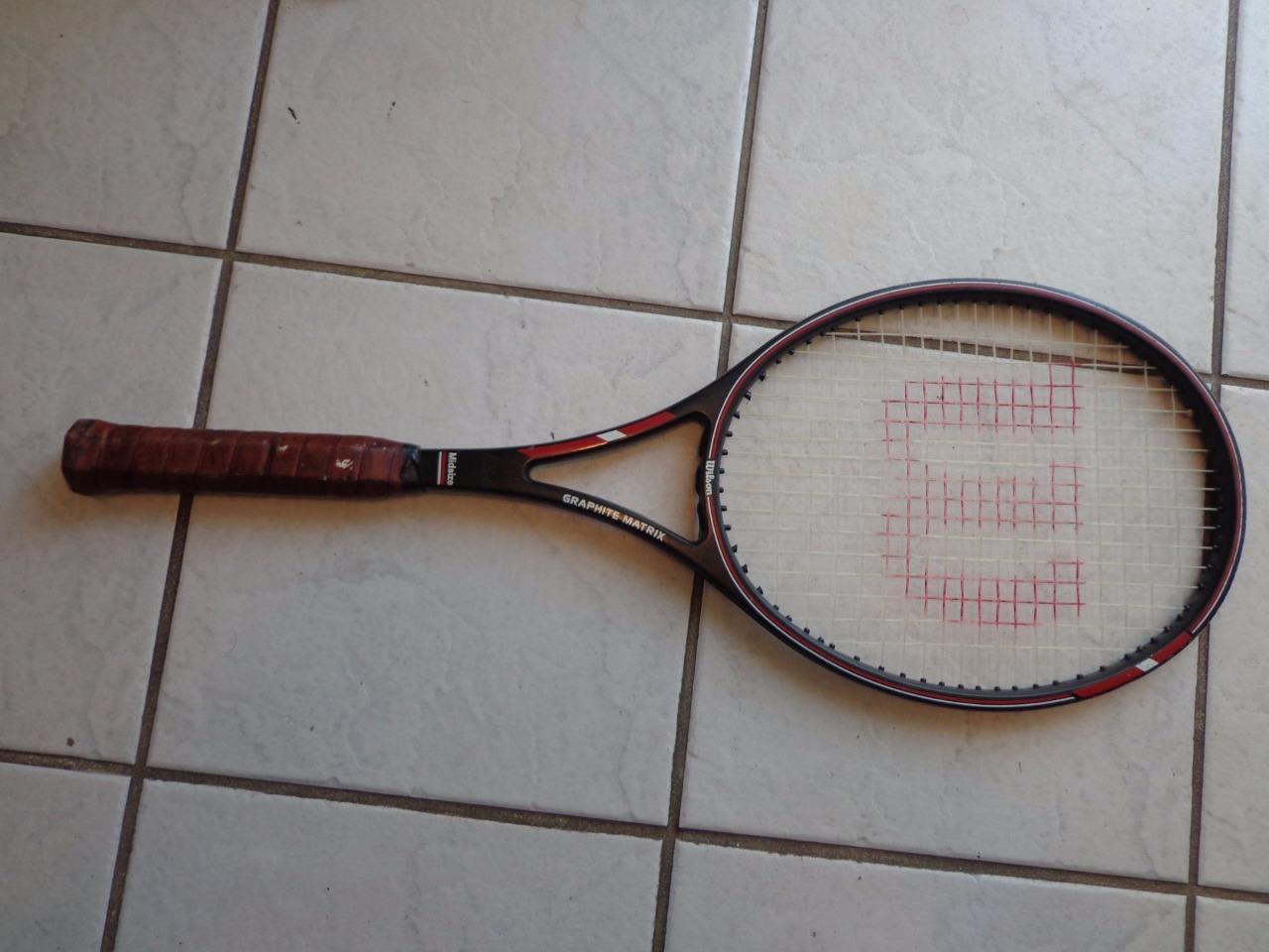 Wilson Graphite Matrix midsize 4 1 2 grip Tennis Racquet