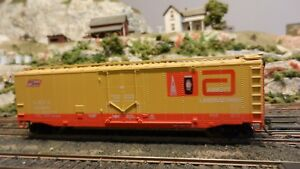 Athearn-HO-BB-50-039-Plug-Door-Boxcar-Abbott-Labs-Upgraded-Exc