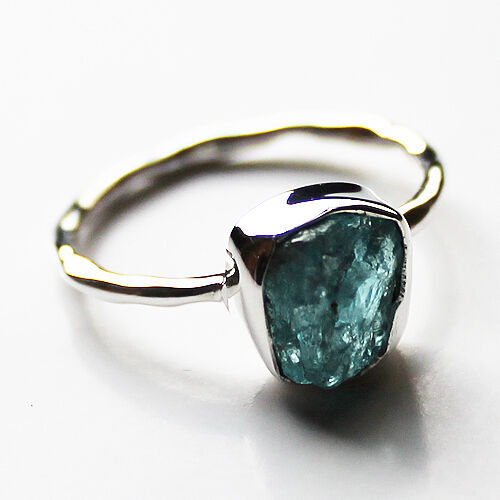 100% 925 Solid Sterling Silver Rough Cut Blue Apatite Stone Ring - Size 9