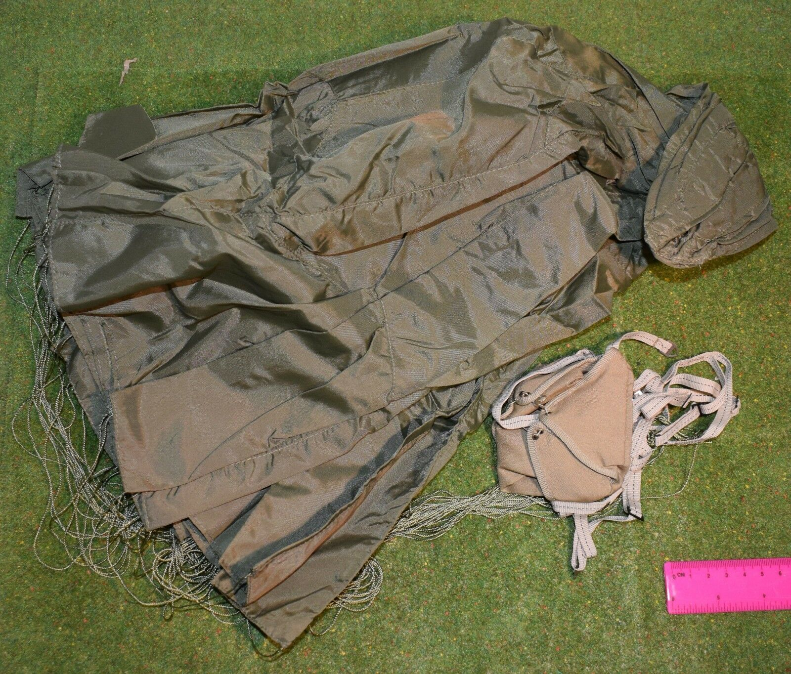 DRAGON 1/6 SCALE WWII BRITISH PARACHUTE FROM HARRY COLLINS FOR BBI DID IN DREAMS