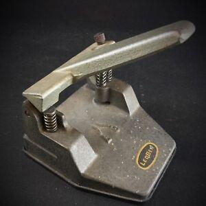 Vintage-Ancienne-Perforatrice-de-Bureau-de-marque-LEOBER-a-2-reglages-fonctionne
