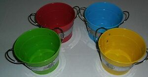 SMALL-METAL-TUB-ASSORTED-COLORS-GREAT-FOR-COOKOUT-ACCESSORIES