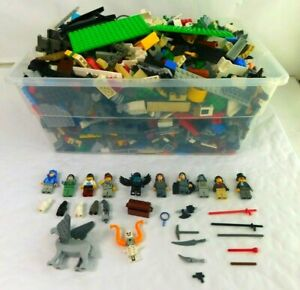 10-pounds-LEGOS-Bulk-Lot-Mixed-themes-10-Minifigures-baseplates-parts-pieces