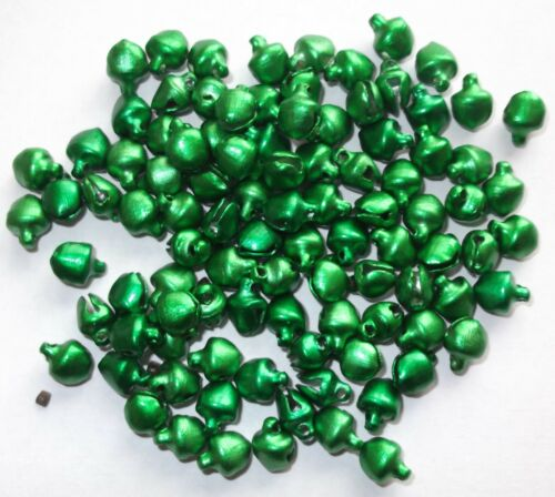 100 x mini JINGLE BELLS red and green CRAFTS JEWERLY MAKING 6mm x 8mm